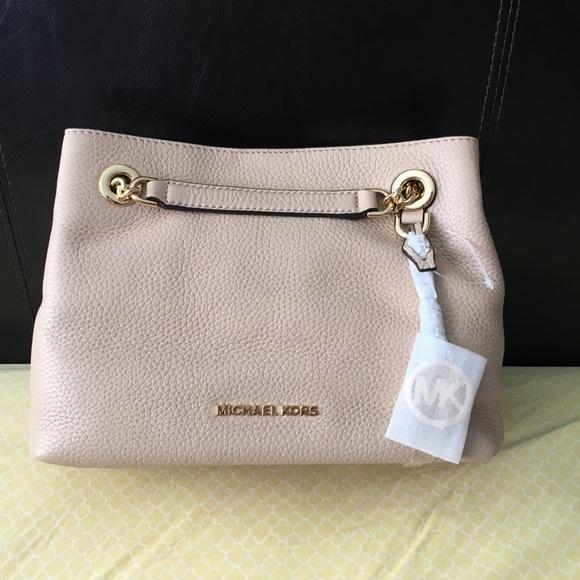 Michael Kors Jet Set Medium Shoulder Bag (Oyster) caa585f287d5d